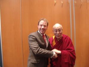 Viņa Svētība Dalailama un Jānis Mārtiņš Skuja